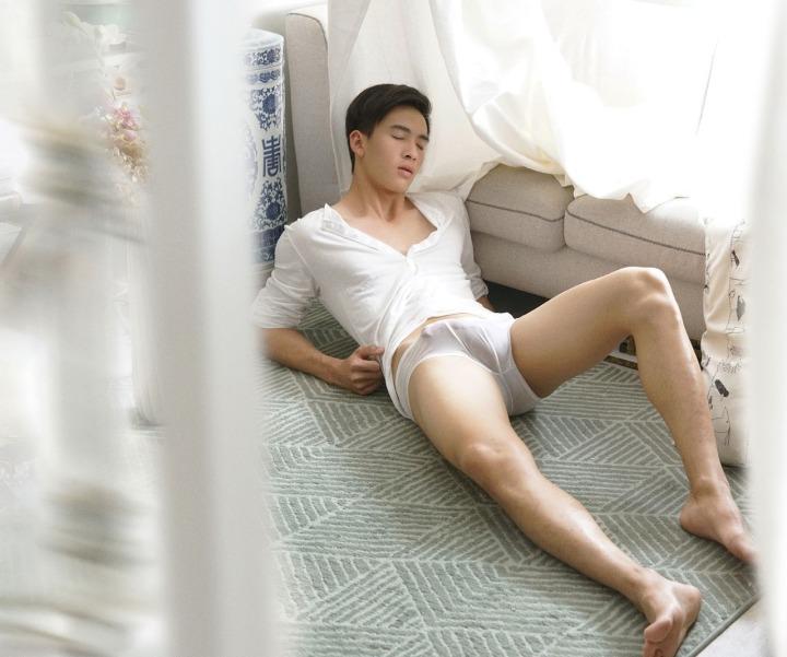 hot-gay-asian-boy-photos-erotica-25