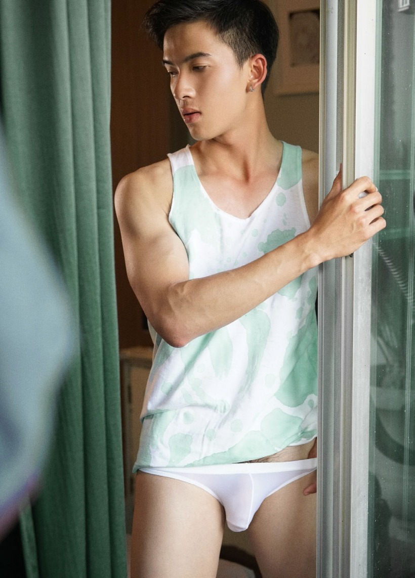 hot-gay-asian-boy-photos-erotica-42