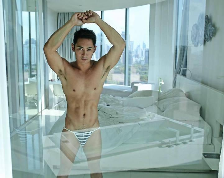 hot-gay-hunk-Asia-02