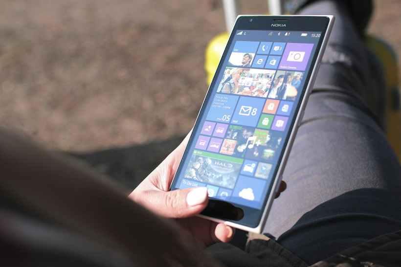 apps digital hand media